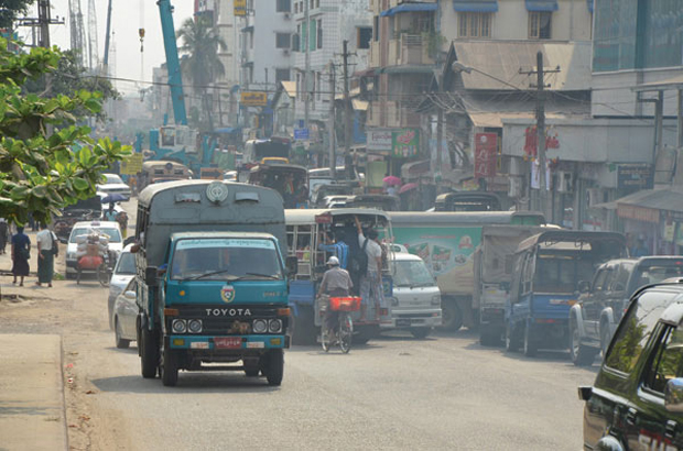 YANGON'S OUTDATED BUSES TO BE REPLACED WITH NEW CITY BUSES