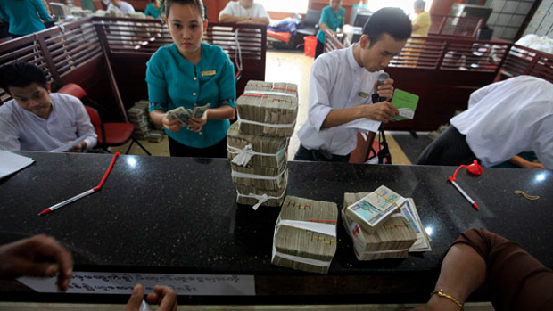 Myanmar allows FX trade between local banks -c.bank official