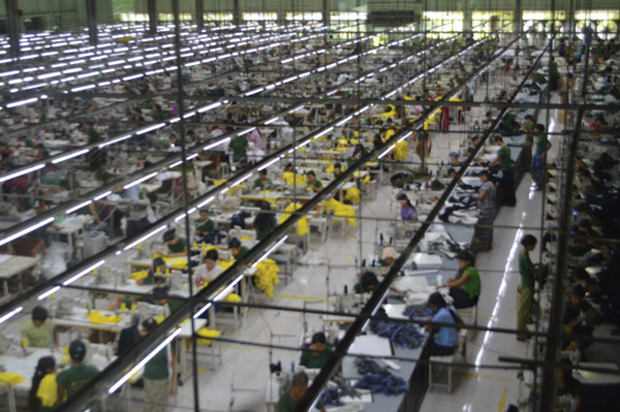 MYANMAR�S GARMENT EXPORTS MAKE RECORD EARNINGS