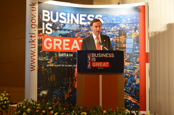 UK TO INVEST IN MYANMAR'S OIL, GAS AND TRAVEL SECTORS