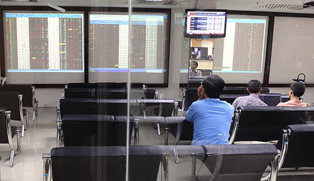 MYANMAR TO SET UP STOCK EXCHANGE MARKET BY 2015